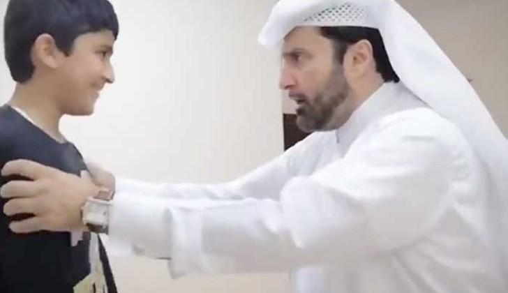 """Sociólogo catarí publica tutorial sobre cómo """"golpear correctamente"""" a una mujer"""
