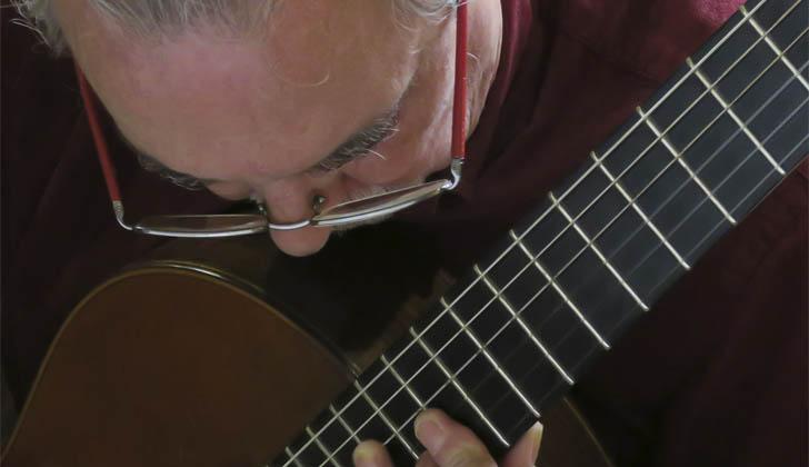 El guitarrista Eduardo Fernández actuará en el Auditorio Vaz