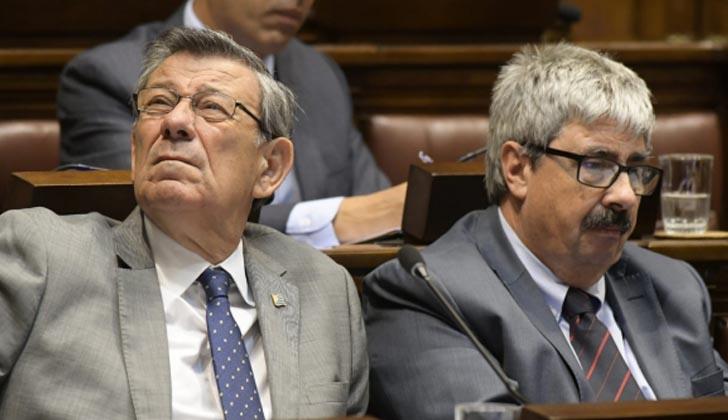 Ministro de Relaciones Exteriores, Rodolfo Nin Novoa, junto al subsecreario, Ariel Bergamino.