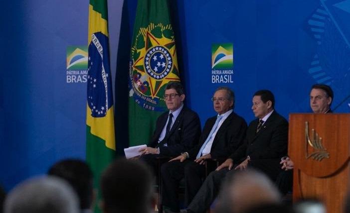 Renunció el presidente del banco de desarrollo de Brasil tras las críticas de Bolsonaro