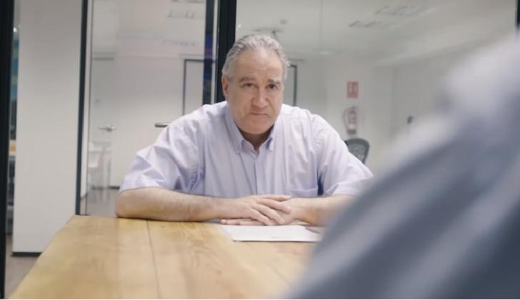 #Contrataamipadre, el video viral de un español para ayudar a su padre a encontrar trabajo