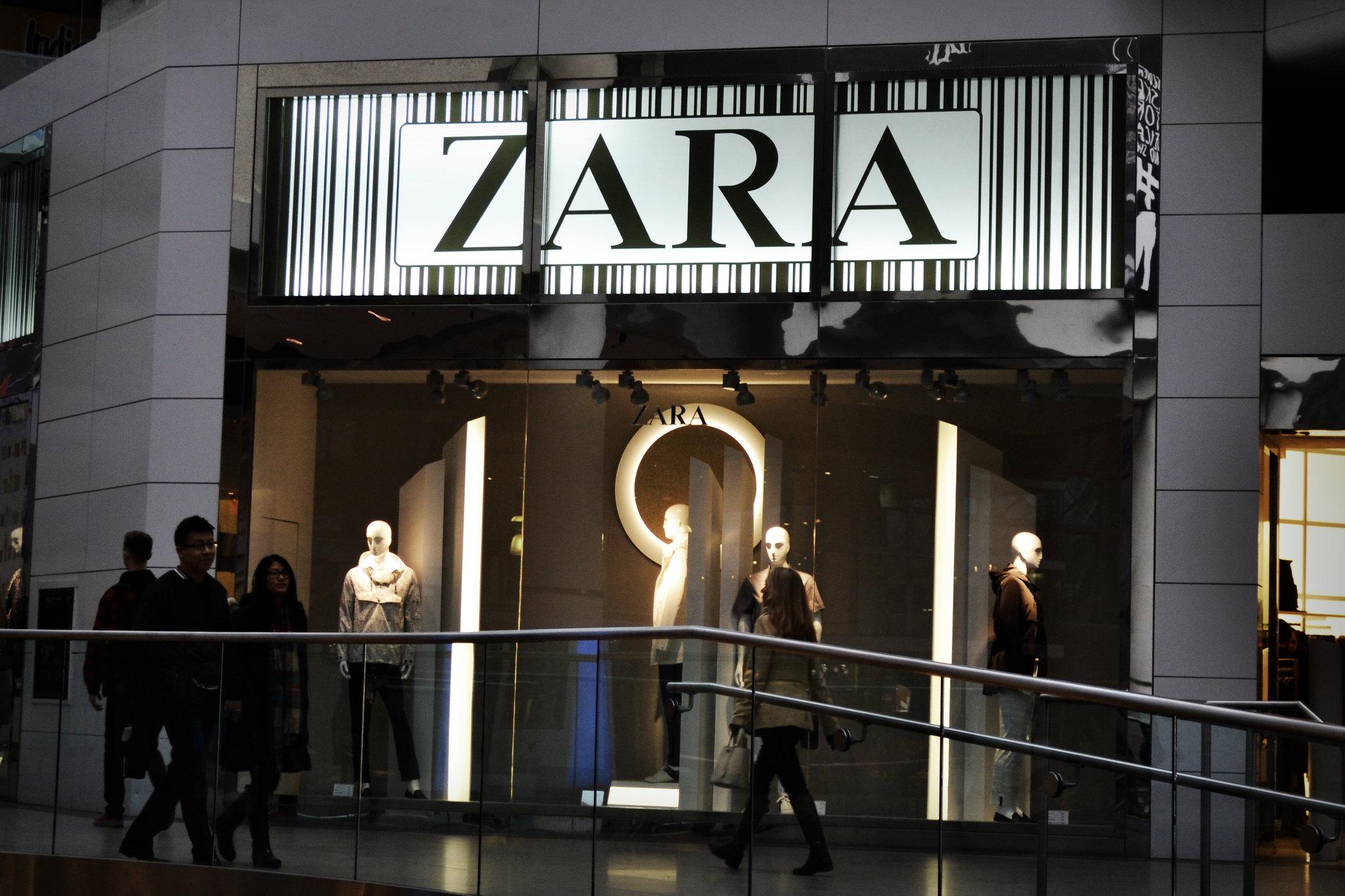 Tienda Zara en Toronto, Canadá. Foto: Flickr / bargainmoose