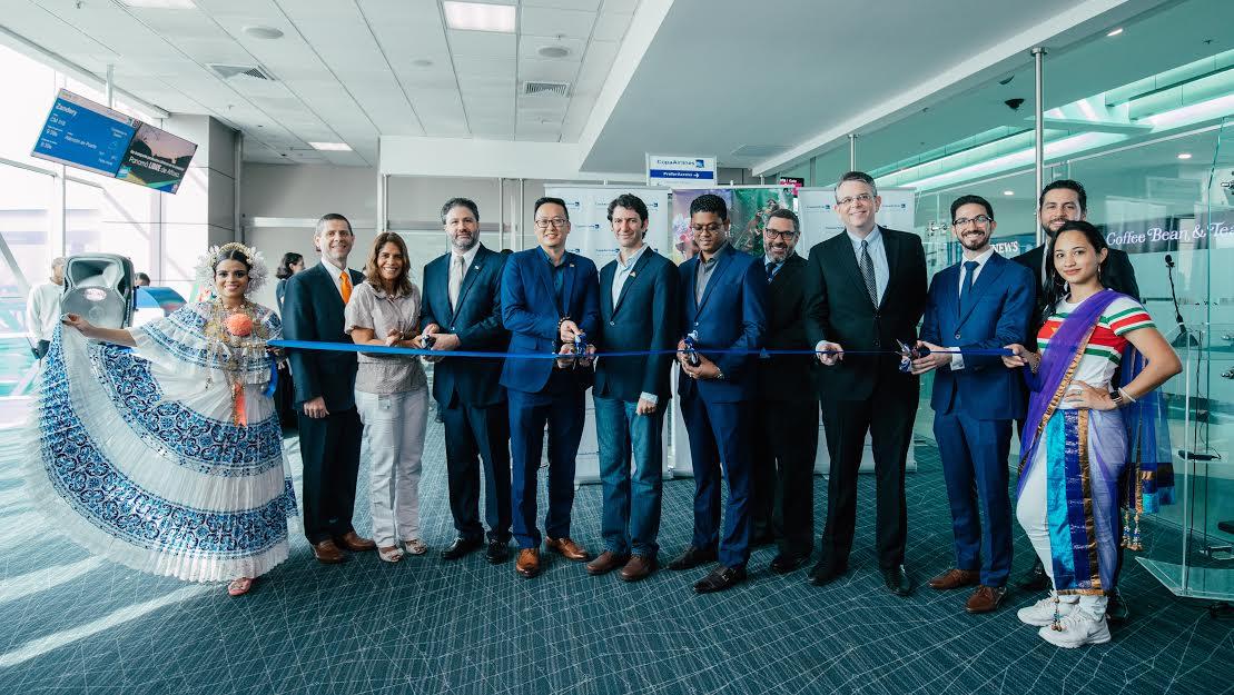 Personeros de Copa Airlines, de Turismo de Panamá y de Turismo de Surinam estuvieron presentes en el lanzamiento de la nueva ruta
