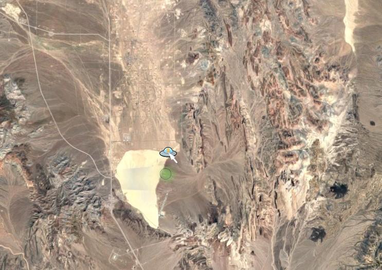 Si buscas el Áreas 51 en Google Maps, el hombrecito amarillo del Street View se convierte en un OVNI
