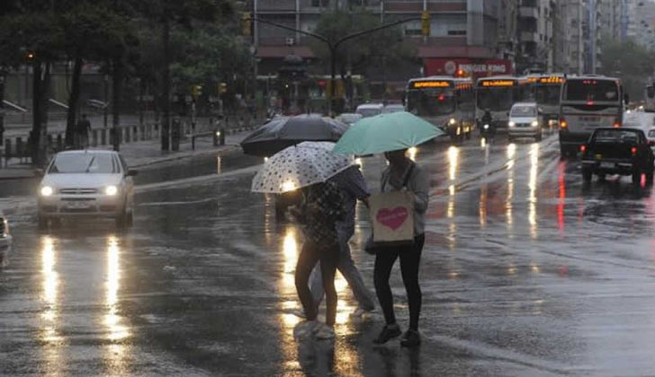 Inumet emitió alerta amarilla por tormentas fuertes y lluvias intensas.