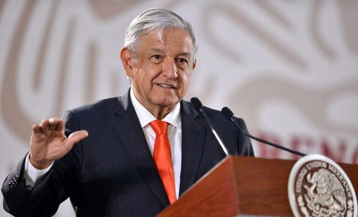 López Obrador llama al EZLN a dejar de lado diferencias.