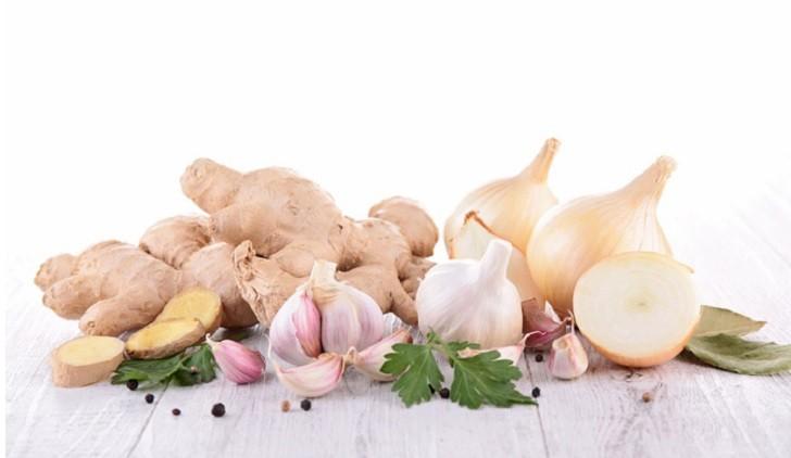 Jengibre, ajo y cebolla: tres alimentos infaltables para reforzar las defensas