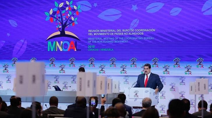 """Maduro ante los No Alineados: """"Enfrentamos una guerra de carácter no convencional"""""""