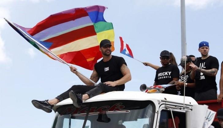 Ricky Martin, Residente y Bud Bunny encabezan protestas contra el gobernador de Puerto Rico