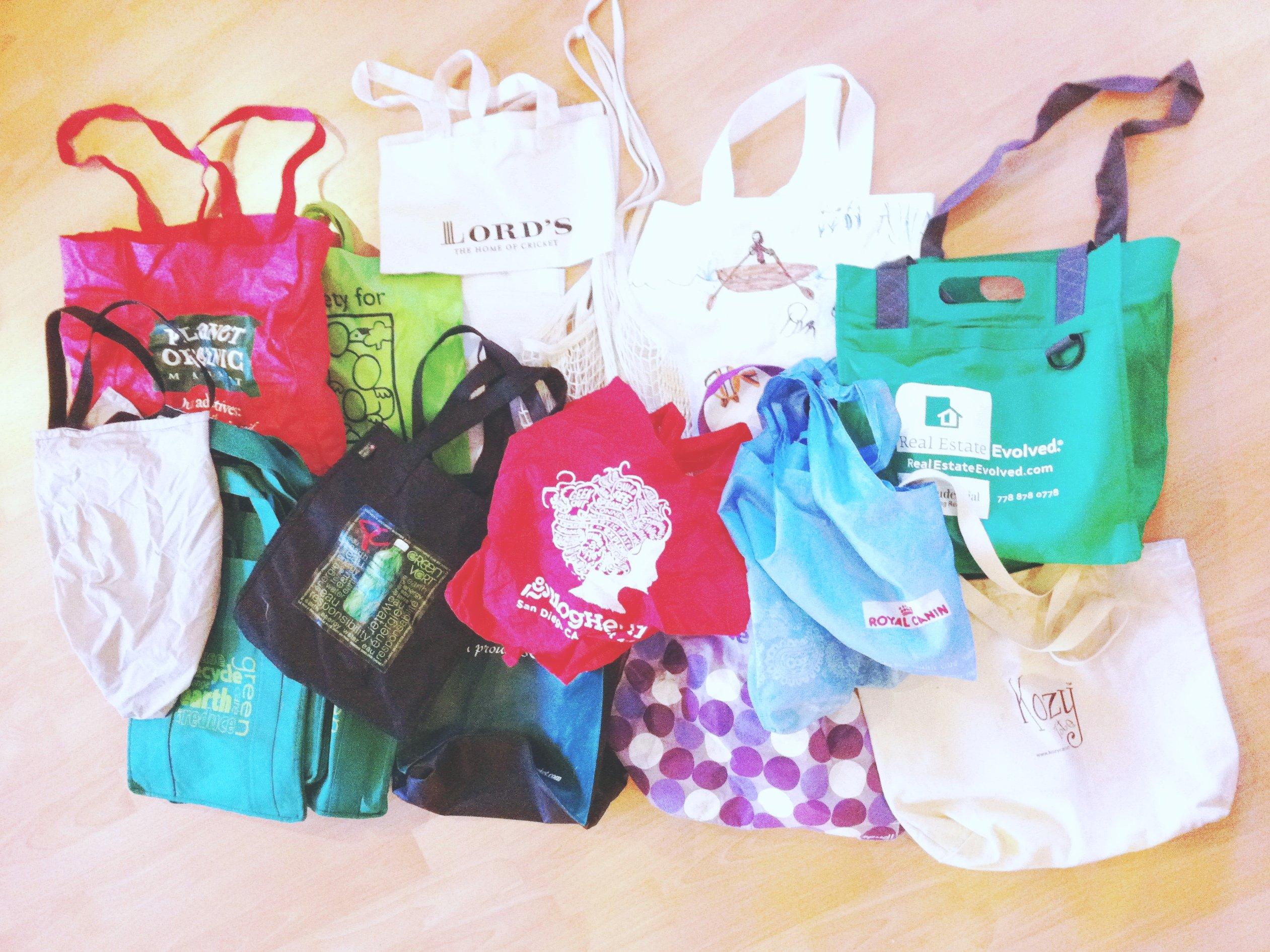 Bolsas reutilizables de compras. Foto: Amber Strocel / Flickr