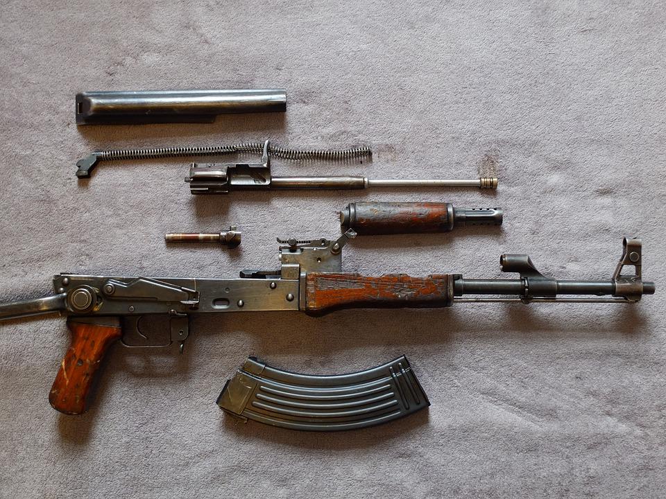 Rifle de asalto AK-47. Foto: Pixabay