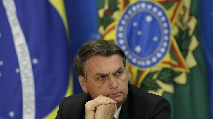 """Bolsonaro llama """"héroe nacional"""" a un coronel de la dictadura que torturó a presos."""