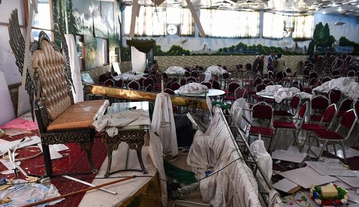 Al menos 63 muertos tras un ataque suicida en una boda de Afganistán.