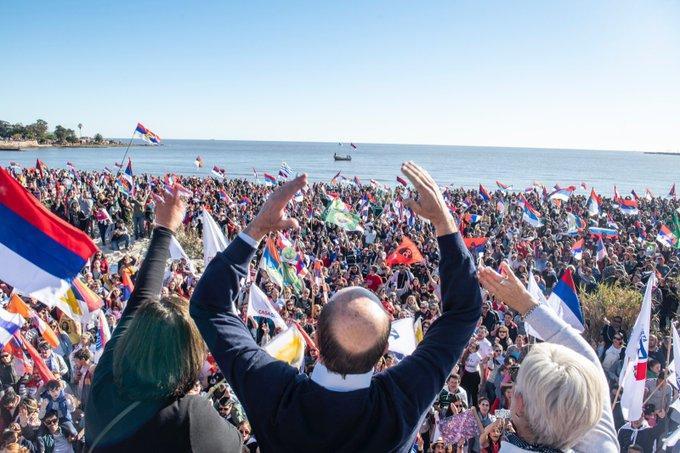 Resultado de imagen para uruguay banderolazo