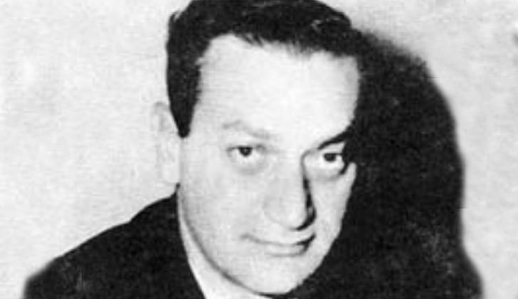 Eduardo Bleier detenido en la vía pública el 29 de octubre de 1975.