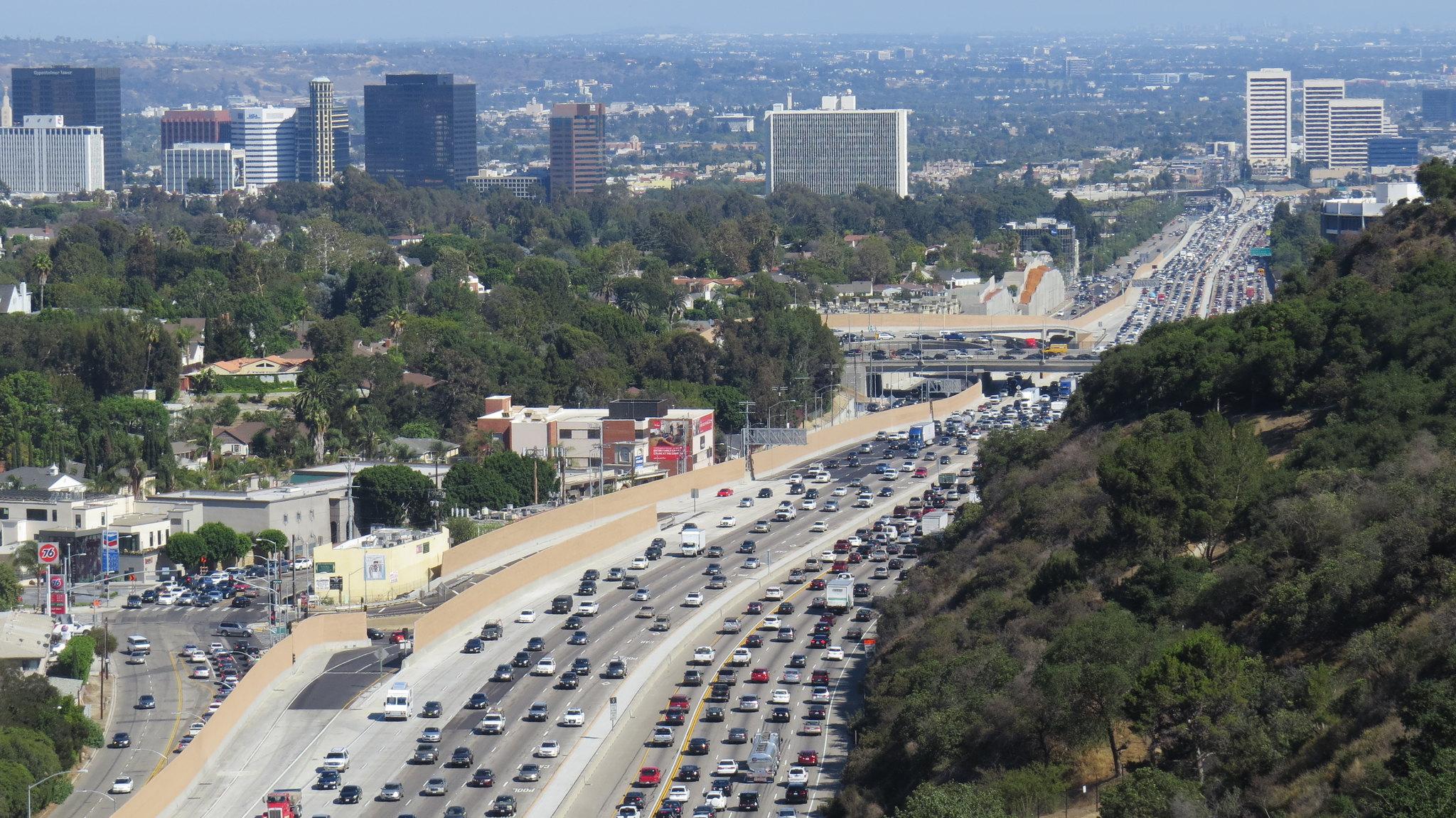 El tráfico de Los Ángeles, California, es uno de los más pesados y atestados del mundo. Foto: Flickr / Luke Jones