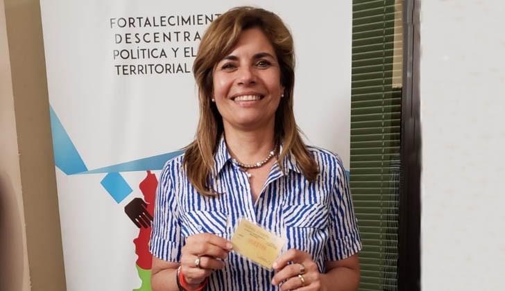 Presidenta del Congreso de Intendentes, Adriana Peña.