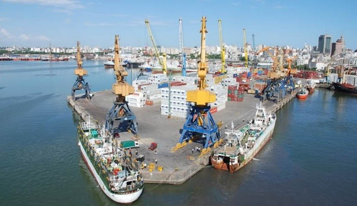 Puerto de Montevideo. Foto: Twitter.