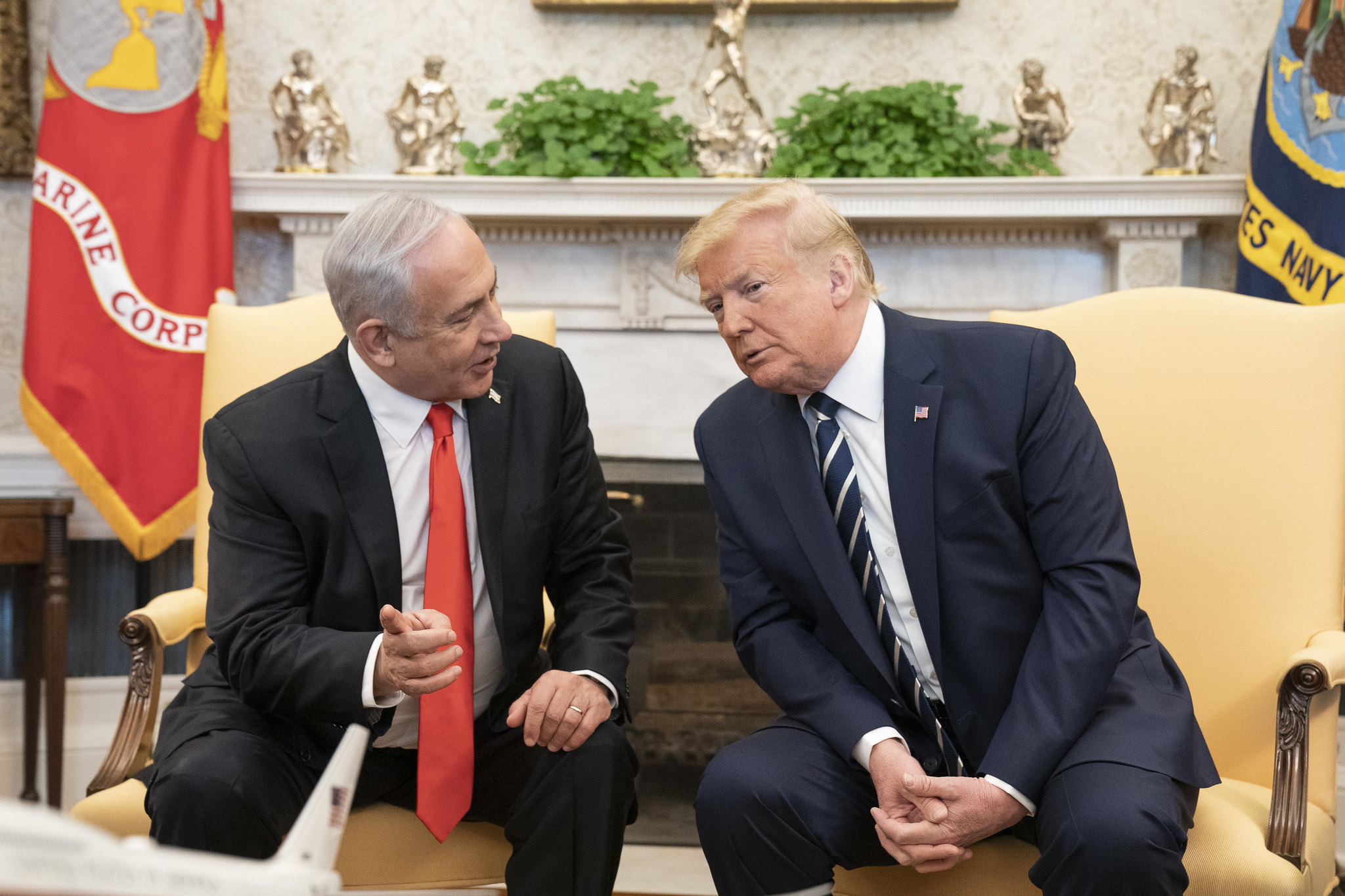 Trump lanza plan de paz para Oriente Próximo que palestinos rechazan
