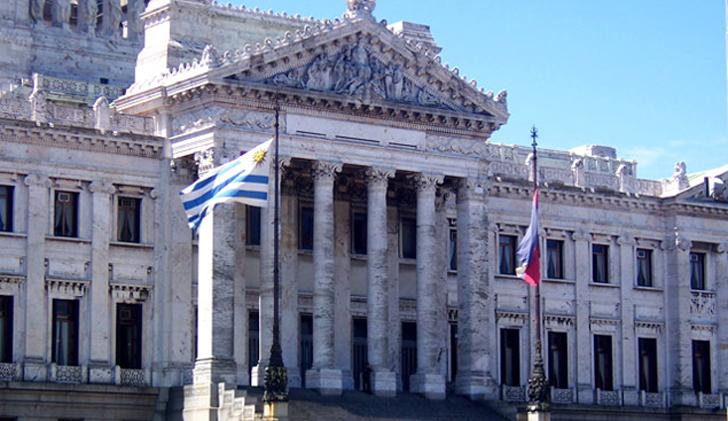 Con los votos de la coalición, el Senado aprobó la LUC