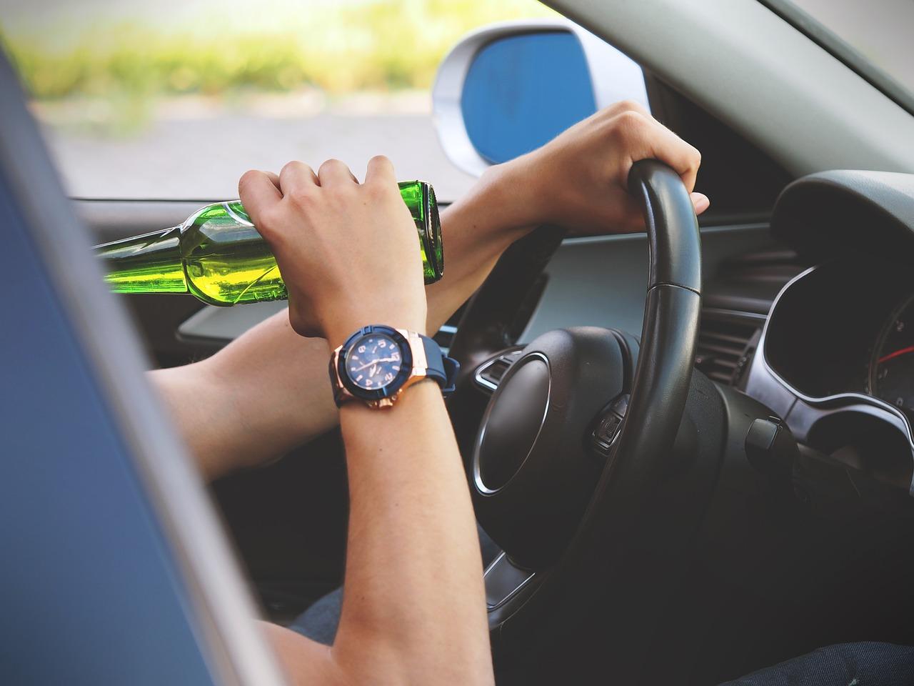Conducir bajo efectos del alcohol aumenta las posibilidades de provocar un accidente de tránsito