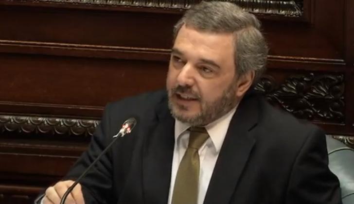 Senador del Frente Amplio, Mario Bergara.